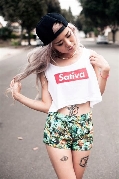 T shirt: weed, supreme, red, smoke, white, crop tops, mary