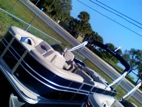Boat Trader Jacksonville Fl by Page 1 Of 1 Crest Pontoon Boats Boats For Sale Near