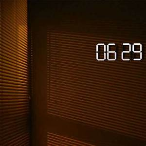 Press for Time: Beautifully Minimalist Wireless OLED Clock ...