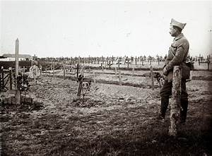 Never before seen photographs from World War One frontline ...
