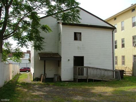 One Bedroom Apartments In New Britain Ct 103 Orange St New Britain Ct 06053 Rentals New Britain