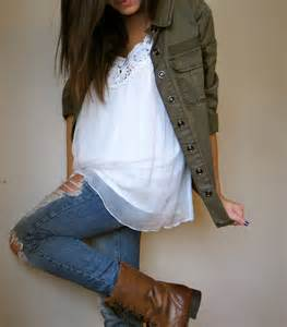 Cute Outfits with Army Green Jackets