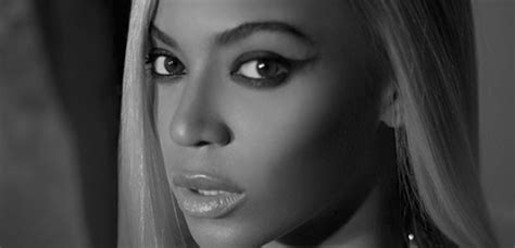 6 Pictures From Beyonce's 2014 Official Calendar - Capital ...
