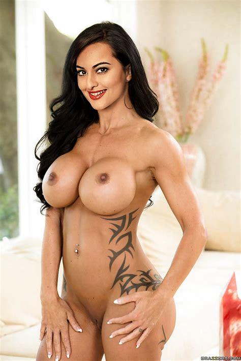 Top 65 Sonakshi Sinha Nude Naked Xxx Pussy Sex Photos New