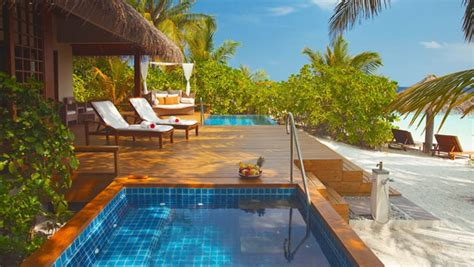 chambre sur pilotis maldives maison pilotis maldives baros compte 75 chambres rpartis