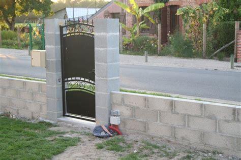 Construction de la clôture Maison et Domotique