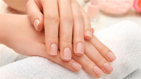 Nail Images 7 Nail Symptoms Explained Signs You Shouldn T Ignore