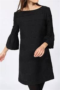 Kleid Mit Stiefeletten : kleid von ana alcazar in schwarz ~ Frokenaadalensverden.com Haus und Dekorationen
