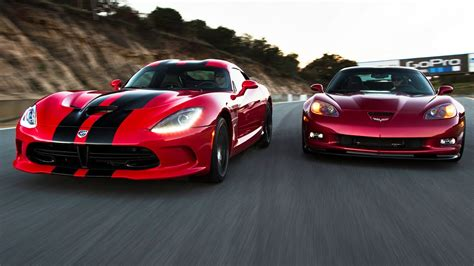 Corvette Zr1 Vs by Srt Viper Gts Vs Chevrolet Corvette Zr1 Corvettevideos Tv