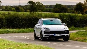 2017 Porsche Cayenne Turbo S : porsche cayenne turbo 2017 review car magazine ~ Maxctalentgroup.com Avis de Voitures