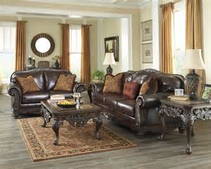 rooms with brown coucheschocolate brown couch living room