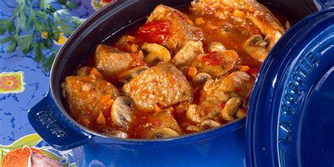 cuisine blanquette de veau à l ancienne veau marengo olives facile recette sur cuisine actuelle