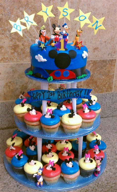 Mickey Mouse Cake De Ion  Ee  Ideas Ee   Little  Ee  Birthday Ee   Cakes