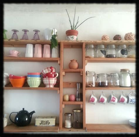 idee etagere cuisine cuisine etagere murale 20 idées de décoration intérieure