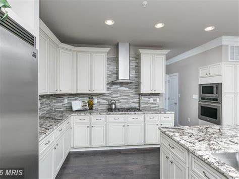 kitchen cabinets for 9 foot ceilings kitchen cabinets to the ceiling 9 foot www energywarden net 9152