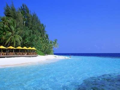 gambar pulau putri kepulauan seribu jakarta resort