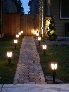 eclairage jardin conseils et astuces pratiques With eclairage allee de jardin