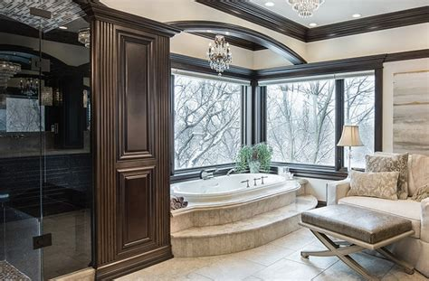 master en suite   lavish retreat full