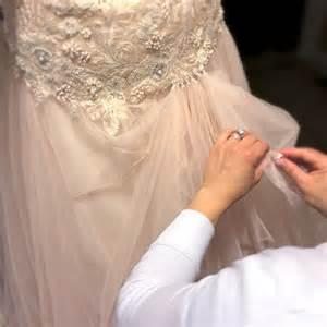 everyday i 39 m bustlin 39 how to bustle a wedding dress event 29 - How To Bustle A Lace Wedding Dress