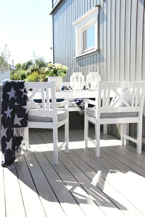 chaise bois gris beautiful salon de jardin blanc et bois pictures