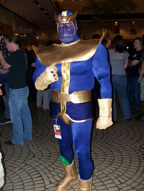 Thanos Cosplay Cosplay Marvel And Dc Pinterest Cosplay