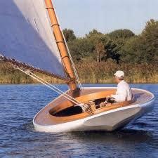 skin  frame catboat