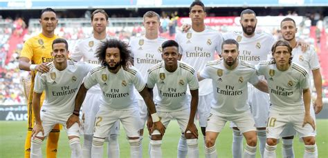 Who sings in the dressing room? Watch Real Madrid Vs. Fenerbahçe SK Live Stream: Preseason Audi Cup 3rd Place Match, Start Time ...