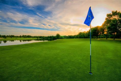 Golf Ball On Tee Wallpaper Golf Background Images 45 Images