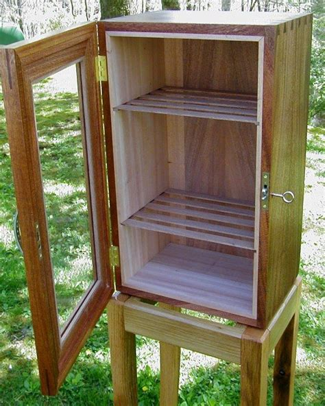 Cigar Cabinet Humidor Plans by 17 Best Ideas About Cigar Humidor On Cigars