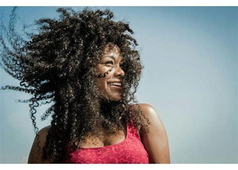 atnayi texture windy curls curls blowing