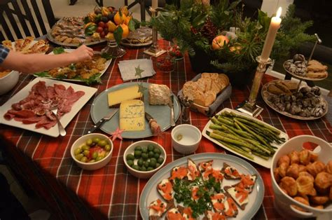 These unique american christmas traditions from all across country may inspire you to add. The Best Traditional American Christmas Dinner - Best Diet ...