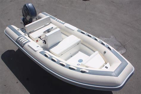 novurania  dl power boat  sale wwwyachtworldcom