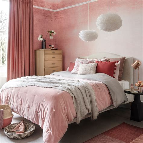 Bedroom Ideas Pink by Pink Bedroom Ideas That Can Be Pretty And Peaceful Or