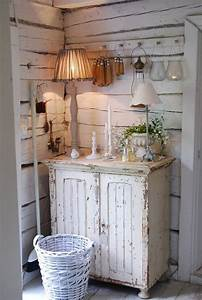 Shabby Chic Diy : 1000 ideas about shabby chic lamps on pinterest lamps shabby chic and lace lampshade ~ Frokenaadalensverden.com Haus und Dekorationen