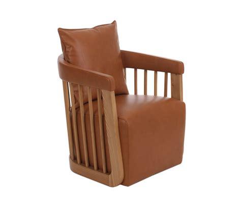 canape sia sia armchair canapés d 39 attente de paulo antunes architonic