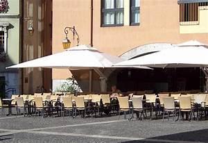 Parasol Grande Taille : parasol mat deporte grande taille parasol a mat deporte restaurant terrasse grande taille ~ Melissatoandfro.com Idées de Décoration