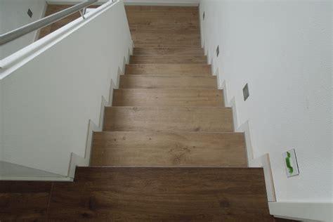 Treppenhaus Fliesen Bilder  Haus Ideen