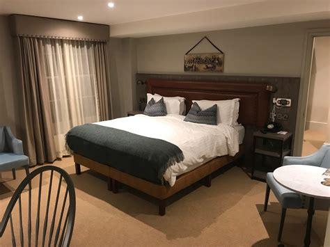 hotel refurbishment raises  bar  accessible hotel