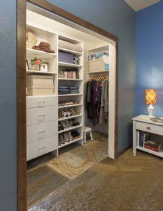 4 Foot Wide Wardrobe by 1000 Ideas About Reach In Closet On Closet