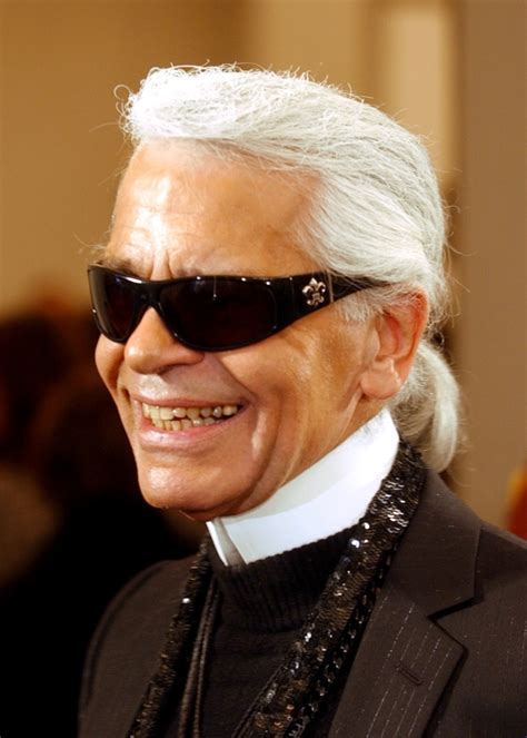 Iconic Chanel fashion designer Karl Lagerfeld dies in ...