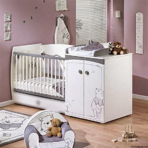 accessoire chambre bebe idée déco chambre bébé winnie l 39 ourson bébé et