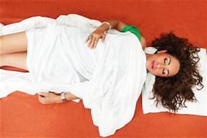 Welche Matratze Für Bauchschläfer : f r bauchschl fer sch dlich gesunde schlafstellung finden ~ Eleganceandgraceweddings.com Haus und Dekorationen