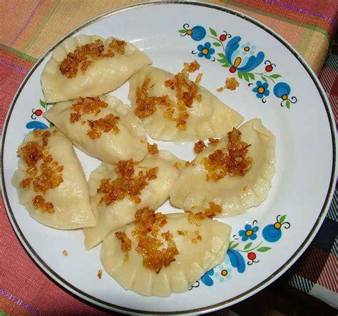 2 pi鐵es cuisine pirogge
