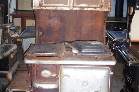 bureau vallee noyon bélanger président poêle antique poêle antique 100