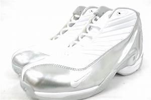 NIKE AIR GARY PAYTON IV 302267 111 WHITE/WHITE-METALLIC ...