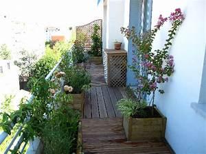 Astuces decoration balcon long et etroit for Decoration balcon long et etroit