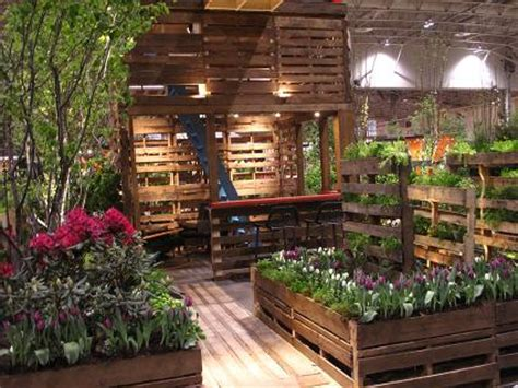 sustainable green patio gardens lovetoknow
