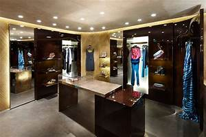 Louis Vuitton Pop Up store Cannes interior - LUXUO