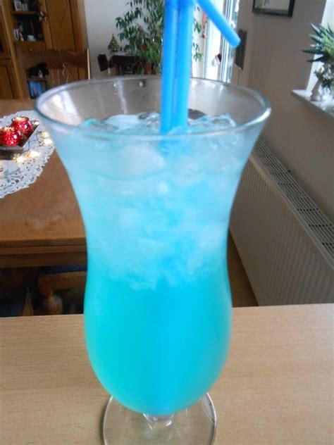 cocktail gin blue curacao rezepte chefkochde