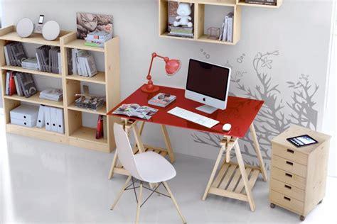bureau pour salon aménager un coin bureau dans le salon trouver des idées de décoration tendances avec mr bricolage